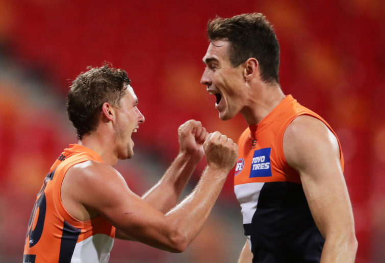 Harry Perryman of the Giants (L) celebrates with Jeremy Cameron (R)